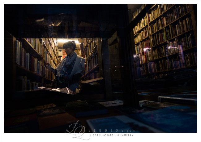 used book store. Madrid, Spain - Sony RX100M3 at ISO640, 1/320 and f1.8
